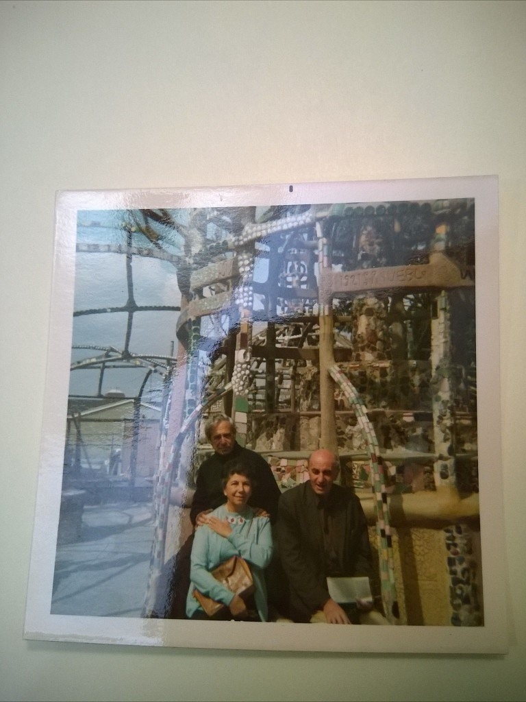 Hilda Kuper with Leo Kuper and Max Gluckmann at Watts Towers, in LA in the early to mid 1970s. Hilda is wearing a ligcebesha necklace.
